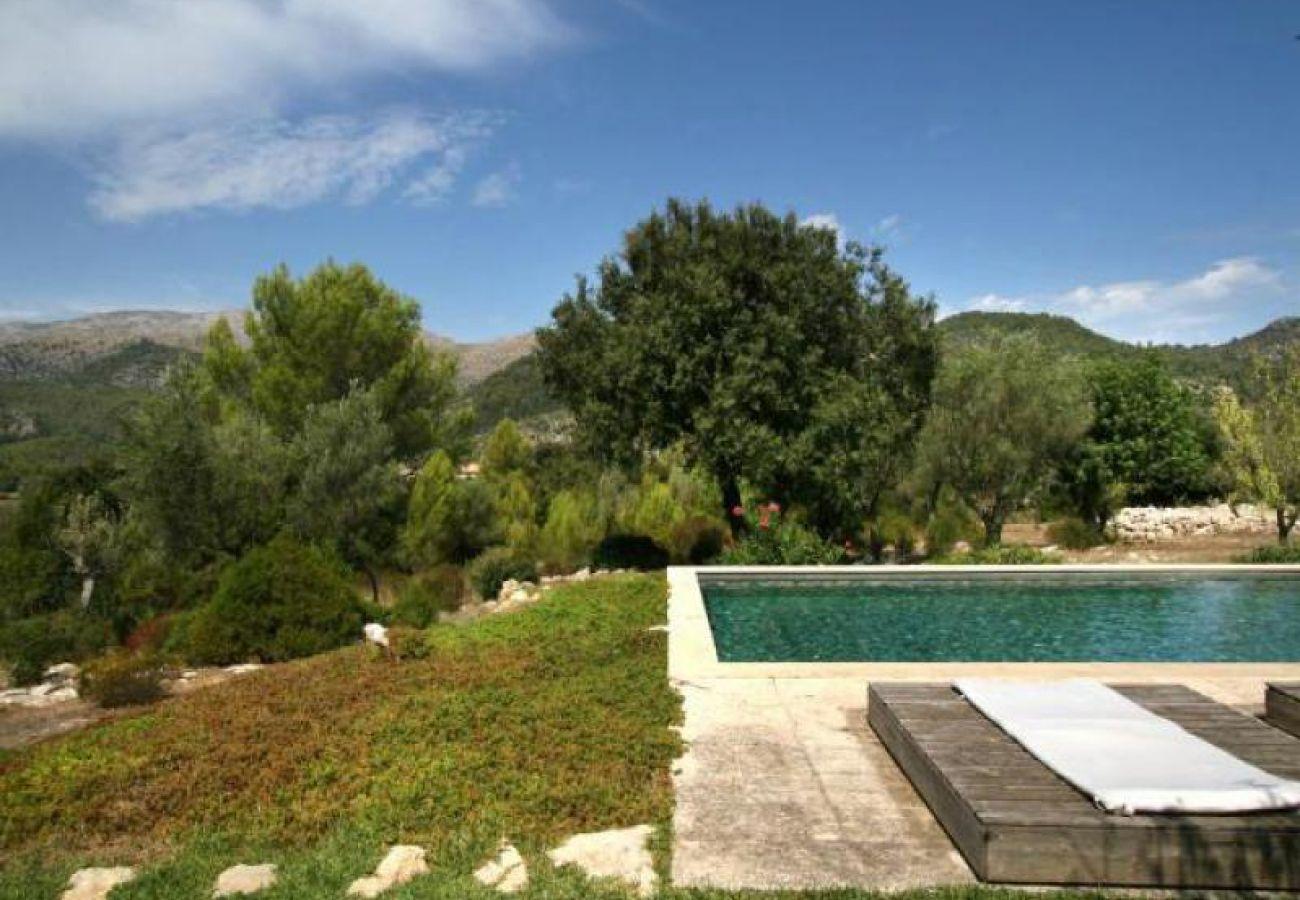 Villa in Campanet - La Serrania