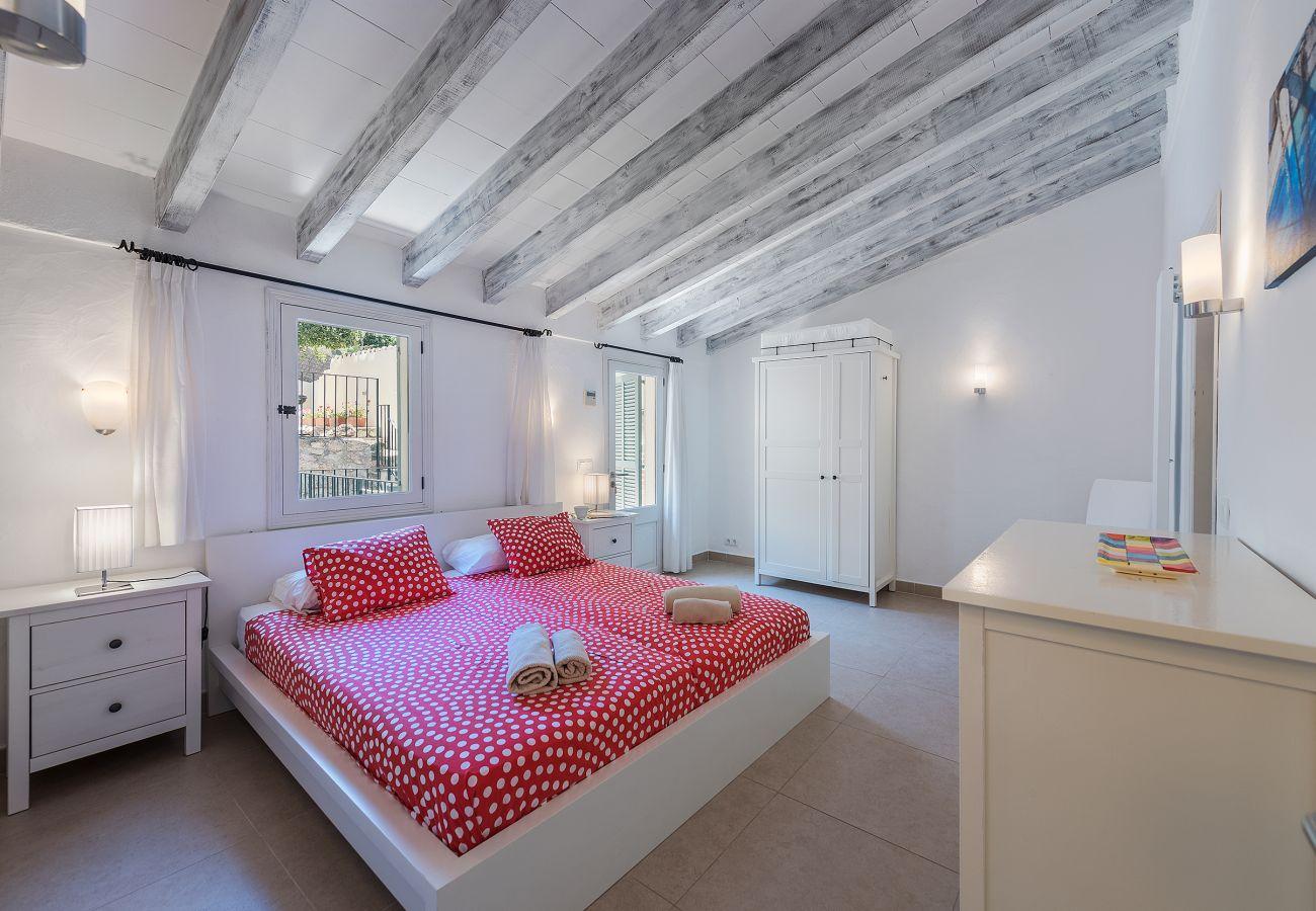 Stadthaus in Pollensa - Casa Rocosa