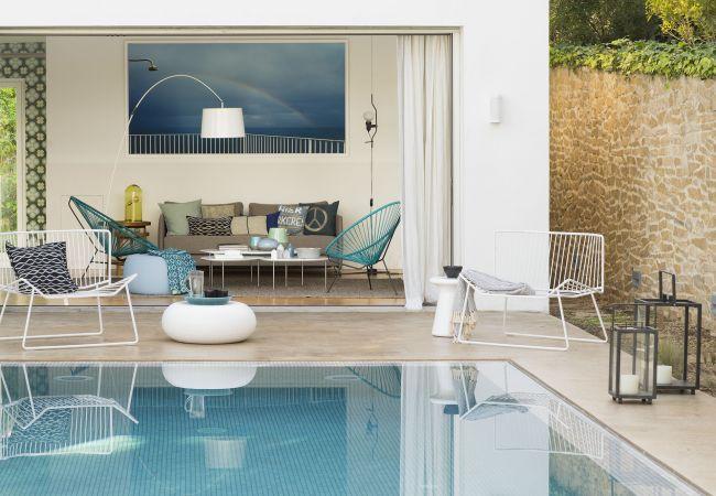 Villa/Dettached house in Cala Vinyes - BelleVue