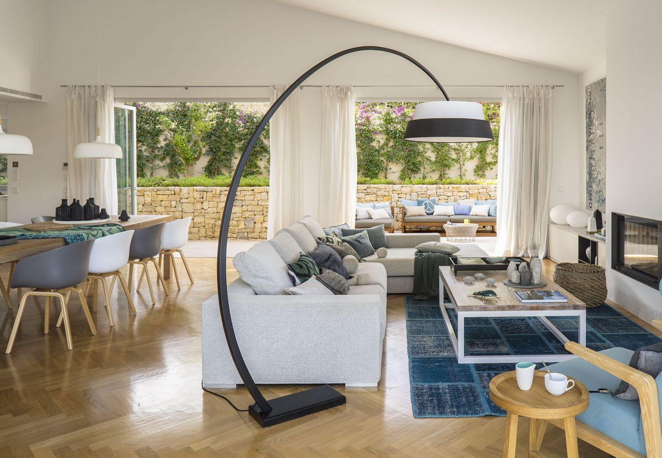 Villa in Cala Vinyes - BelleVue