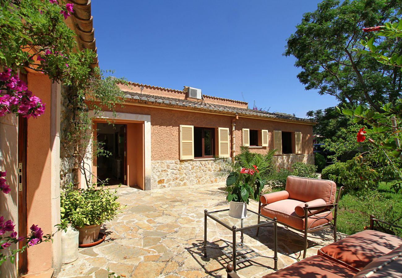 Villa in Pollensa - Casa Roja